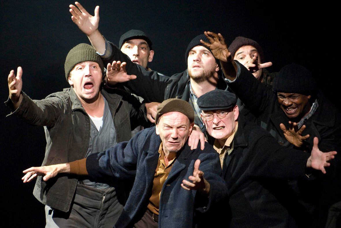 On The Waterfront by Budd Schulberg,directed by Steven Berkoff . Performing at The Pleasance Grand at The Edinburgh Festival 2008. CREDIT Geraint Lewis